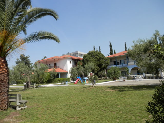 Sithonia Village